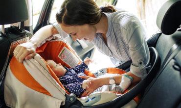 Assurer la sécurité de bébé en voiture