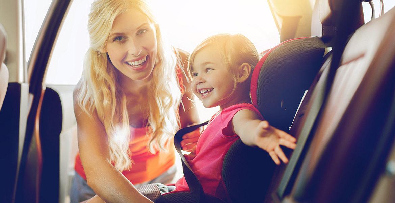 Bien préparer le voyage en voiture avec bébé